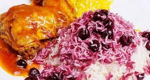 طرز تهیه آلبالو پلو مجلسی با مرغ ریش ریش شده خوشمزه
