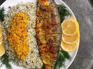 طرز تهیه ماهی شکم پر خوشمزه/اینبار بهجای ماهی ساده، شکمپر را امتحان کنید