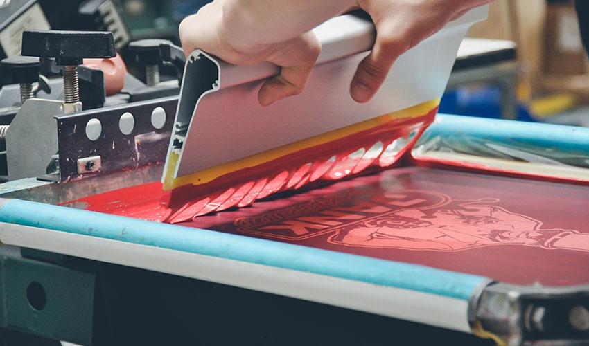 انواع روشهای چاپ بر روی پرچم