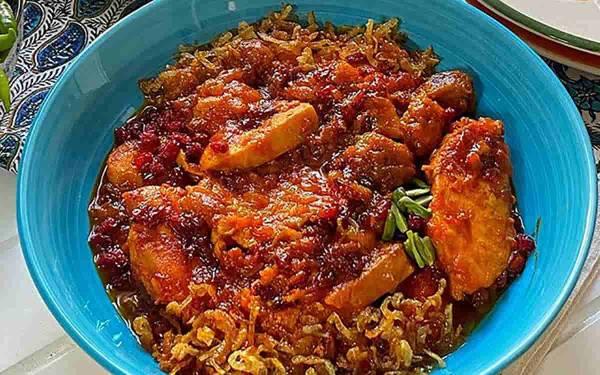آموزش و دستور پخت خورش آلو زرشک با مرغ